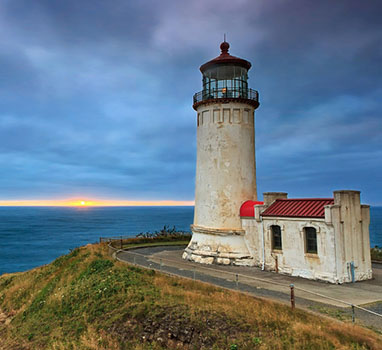 NW Trails: Lighthouse Hikes